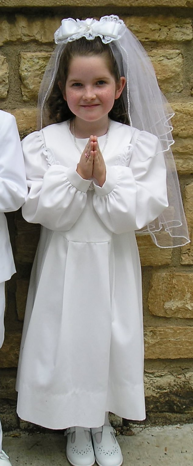 Modest First Communion Dress: Long sleeves and cotton.