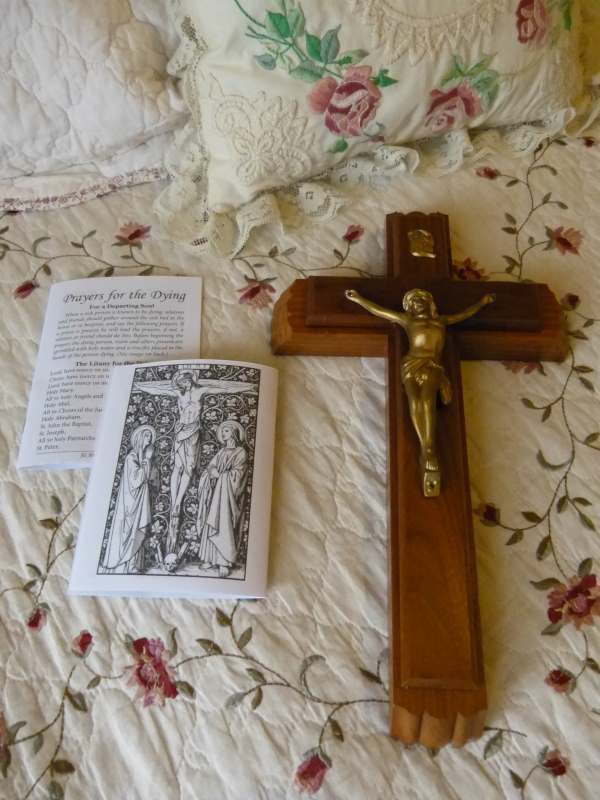 Printable Prayers For The Dying Catholic - Crucifix Sick Call Set for Extreme Unction.