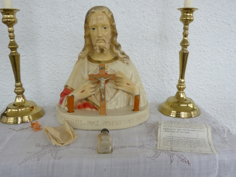 Sacred Heart Sick Call Set - Arranged for Extreme Unction