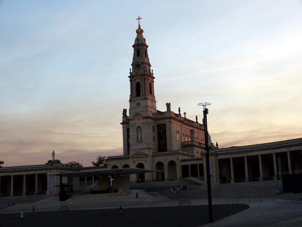 Santuario de Fatima: August 2017